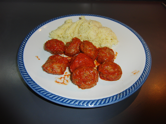 Polpette di carne in umido con cous cous